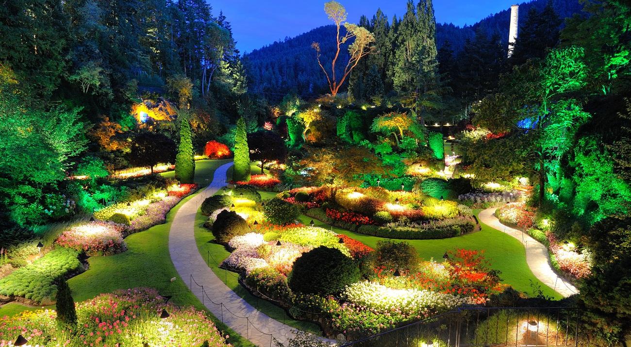 utiliser les luminaires pour le d cor de son jardin pav habitat le site de la maison et l. Black Bedroom Furniture Sets. Home Design Ideas
