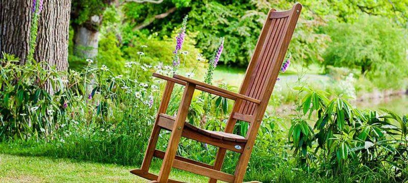 un-rocking-chair-de-jardin
