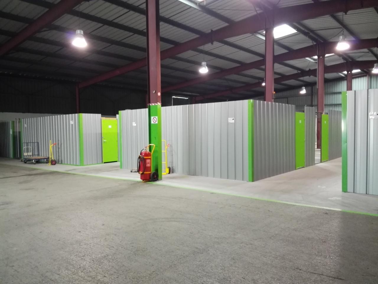 La location de box de stockage une solution pratique - Location de box pour stocker des meubles ...