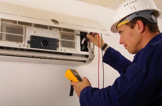 Comment choisir le bon professionnel pour l'installation d'un climatiseur ?